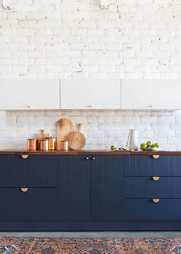 40 Amazing Navy Kitchen Cabinets For Decorating Your Kitchen